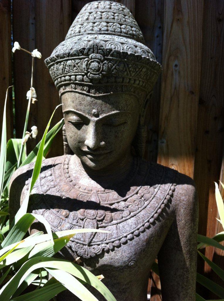 Was Sie schon immer über Buddha Statuen wissen wollten